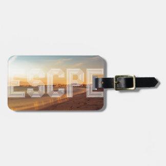 Escape to the beach design luggage tag