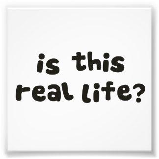 … est-elle cette vie réelle Qui n a pas deman