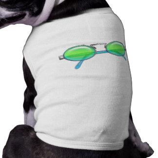 Et bleu lunettes de soleil bordées par fil vert t-shirt pour animal domestique