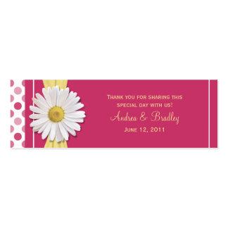 Étiquette rose de faveur de mariage de marguerite