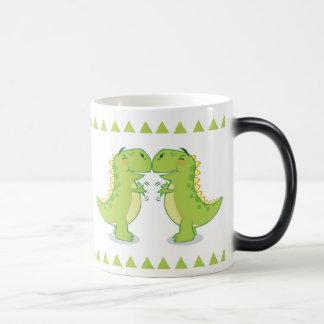 Étreinte de T-Rex… si étroite Mug Magique