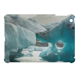 Europe, Iceland, JokUSArlon. Iceberg Formations iPad Mini Case