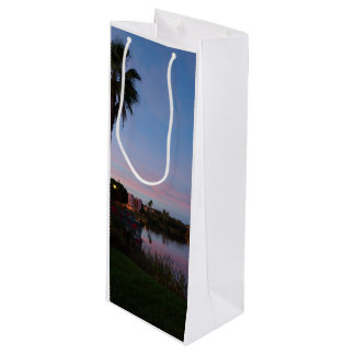 Evening By The Palm Tree Wine Gift Bag