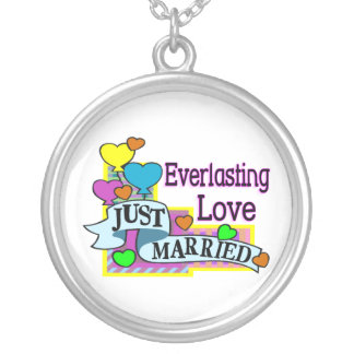 Everlasting Love Just Married Heart Balloons Round Pendant Necklace
