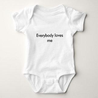 Everybody loves me baby bodysuit