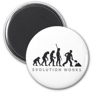 evolution construction more worker 2 inch round magnet