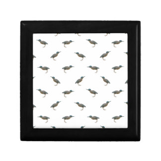 Exotic Birds Motif Pattern Gift Box