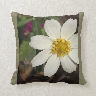 Exquisite yellow wreath flower throw pillow