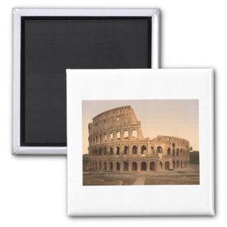 Extérieur du Colosseum, Rome, Italie Magnet Carré