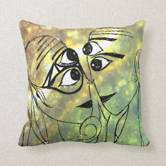 Extraterrestrials In Love Throw Pillow
