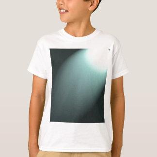 Faisceau lumineux sur le bleu de turquoise profond tee-shirts