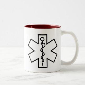 Faites confiance que je je suis un docteur Mug