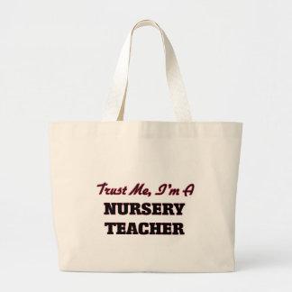 Faites confiance que je je suis un professeur de sacs