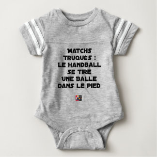 FAKED MATCHES, HANDBALL SE DRAWS A BALL IN BABY BODYSUIT