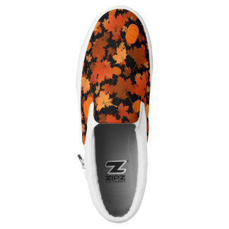 Fall colors maple leaves and pumpkins pattern Slip-On sneakers