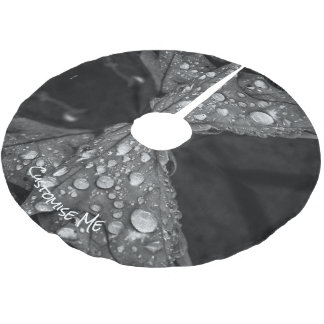 Fall Showers Brushed Polyester Tree Skirt