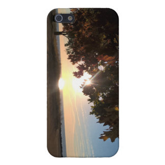 Fall Sunrise At The Lake iPhone 5/5S Cover