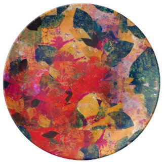 Fallen Leaves - Decorative Floral Pattern Plate