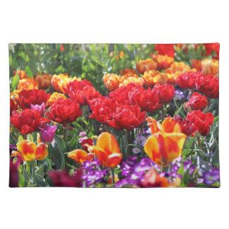 Falln Floral Crimson Waves Placemat