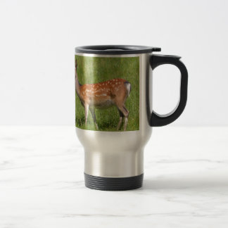 fallow deer in grass travel mug