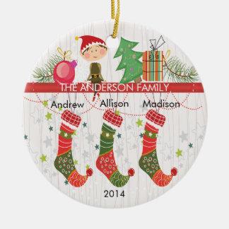 Famille mignonne de bas d'Elf d'ornement de Noël 3 Ornement Rond En Céramique