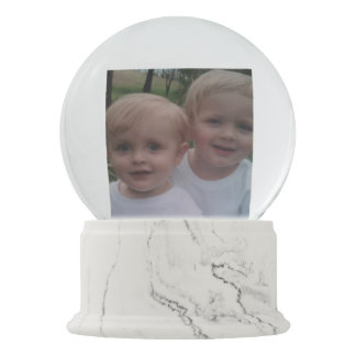 Family photo custom gift snow globe