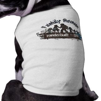 Family Reunion T-Shirt Pet T-shirt
