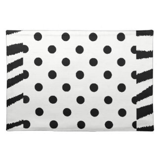 FANCIFUL CLOTH PLACEMATS - BLACK AND WHITE