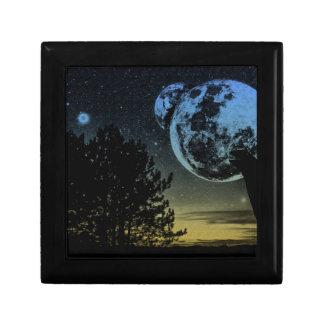 Fantasy planet gift box