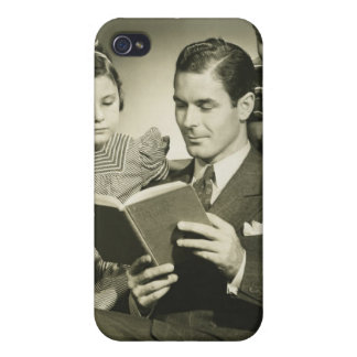 Father Reading to Son iPhone 4/4S Cover