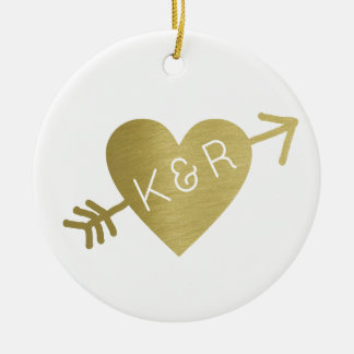 faux gold heart with an arrow, nice round ceramic ornament