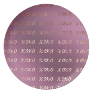 faux rose gold typography hugs and kisses xoxo plate