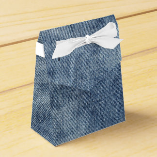 Favor gift box with natural jeans, denim