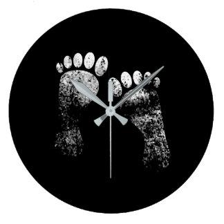 Favorite legs large clock