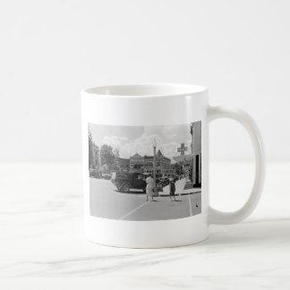 Fayetteville, Arkansas, 1930s Classic White Coffee Mug