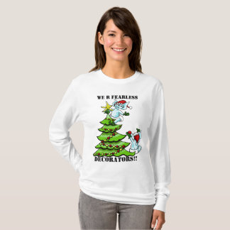 Fearless baby elves decorating the Christmas tree T-Shirt
