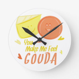 Feel Gouda Round Clock