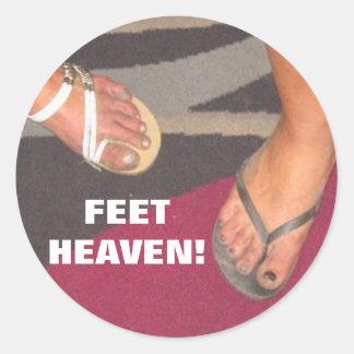 FEET HEAVEN! ROUND STICKER