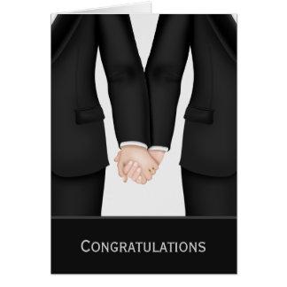 Félicitations deux mariés dans épouser de costumes carte de vœux