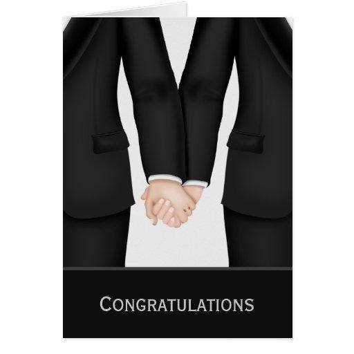Félicitations deux mariés dans épouser de costumes carte