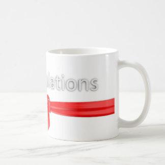 Félicitations saluant mug