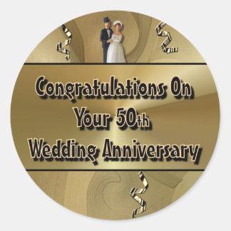 Félicitations sur votre cinquantième anniversaire sticker rond