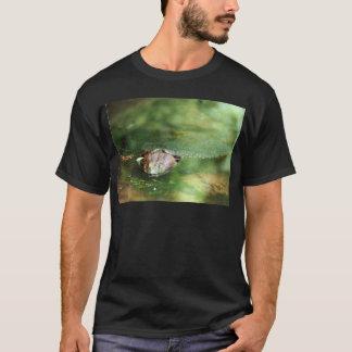 Female Bullfrog Laying Eggs T-Shirt