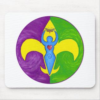 Femme de lis mouse pad