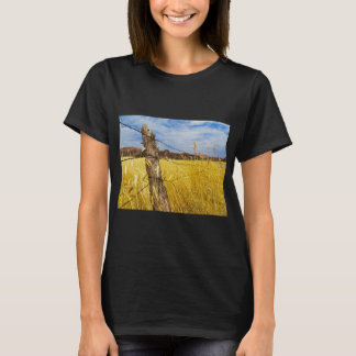 Fence diving field T-Shirt