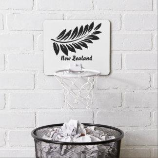 Fern leaf mini basketball hoop