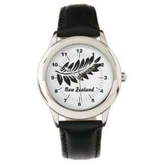 Fern leaf watch