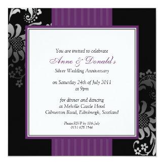 Fête d'anniversaire noire et pourpre de damassé carton d'invitation  13,33 cm