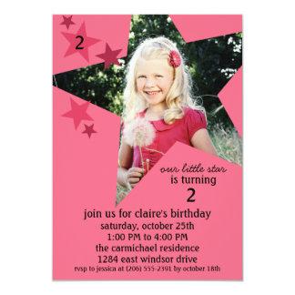 Fête d'anniversaire rose de photo de superstar de carton d'invitation  12,7 cm x 17,78 cm