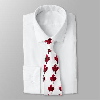 Feuille d'érable rouge cravate